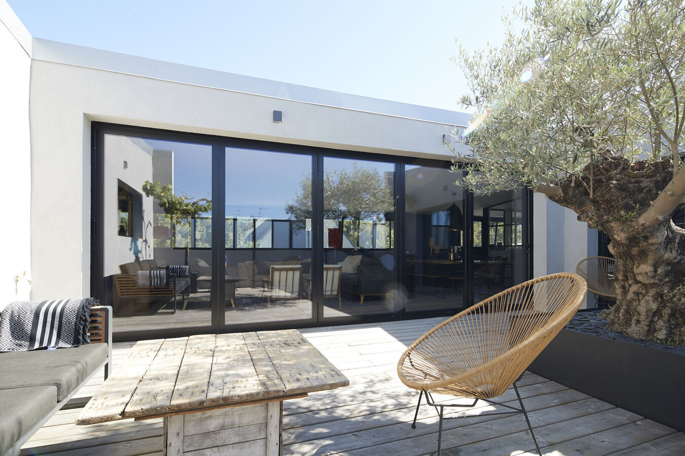 CP 68 Sliding Systems and CF 77 Sliding Systems - House Maison Privée - Le Pouliguen located in France